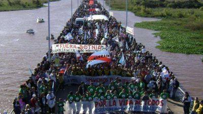 Gualeguaychú marcha por onceava vez contra Botnia este domingo