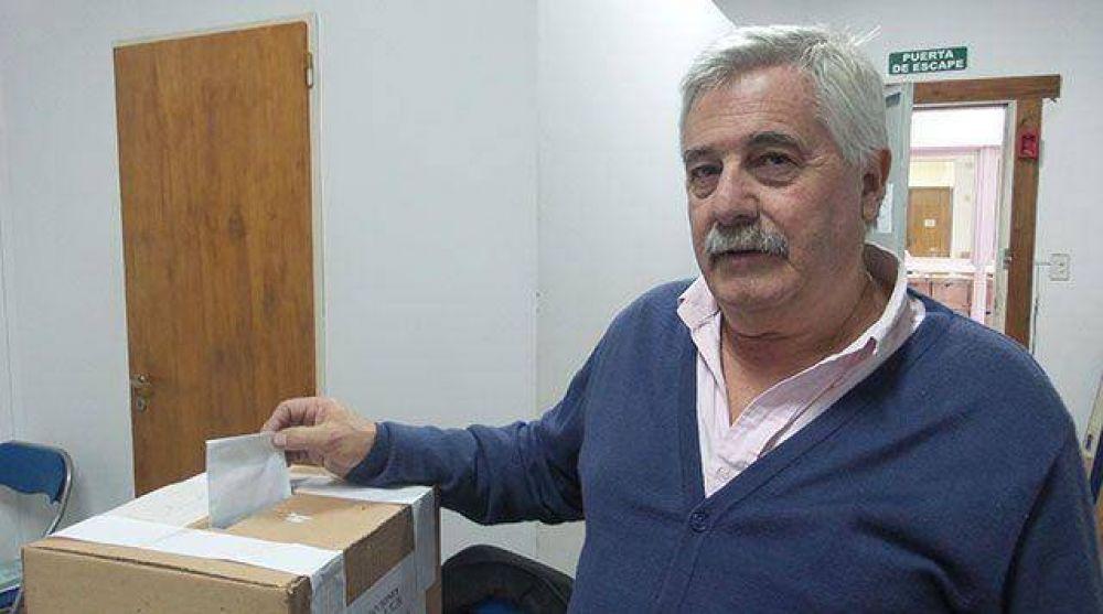 Carlos Vaquero fue reelegido al frente del Sindicato de Pasteleros