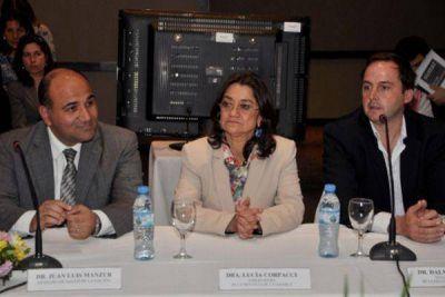 Crece la expectativa por los anuncios que realizará la Gobernadora en la asamblea del 1º de mayo
