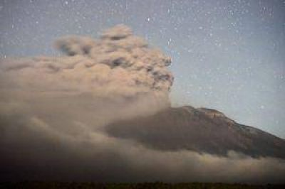 Volcán Calbuco: las cenizas vuelven a Bariloche tras fuertes vientos