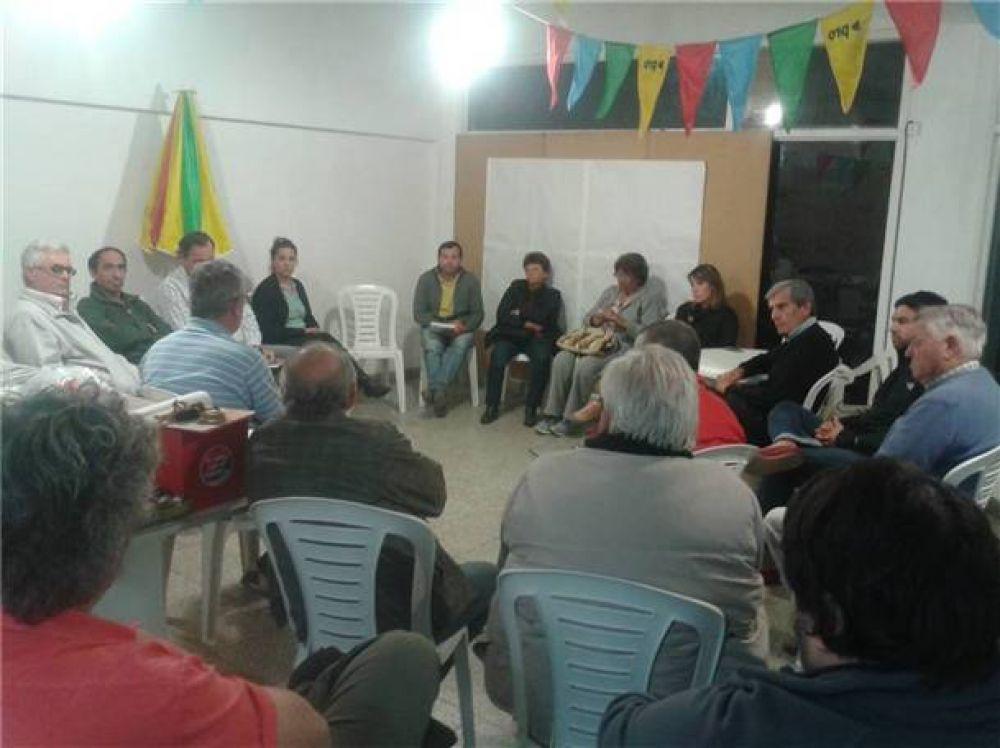 Gustavo Durquet y equipo siguen realizando reuniones con distintos sectores