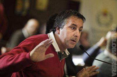 La polémica por el reemplazo de ediles de la UCR llega a comisión