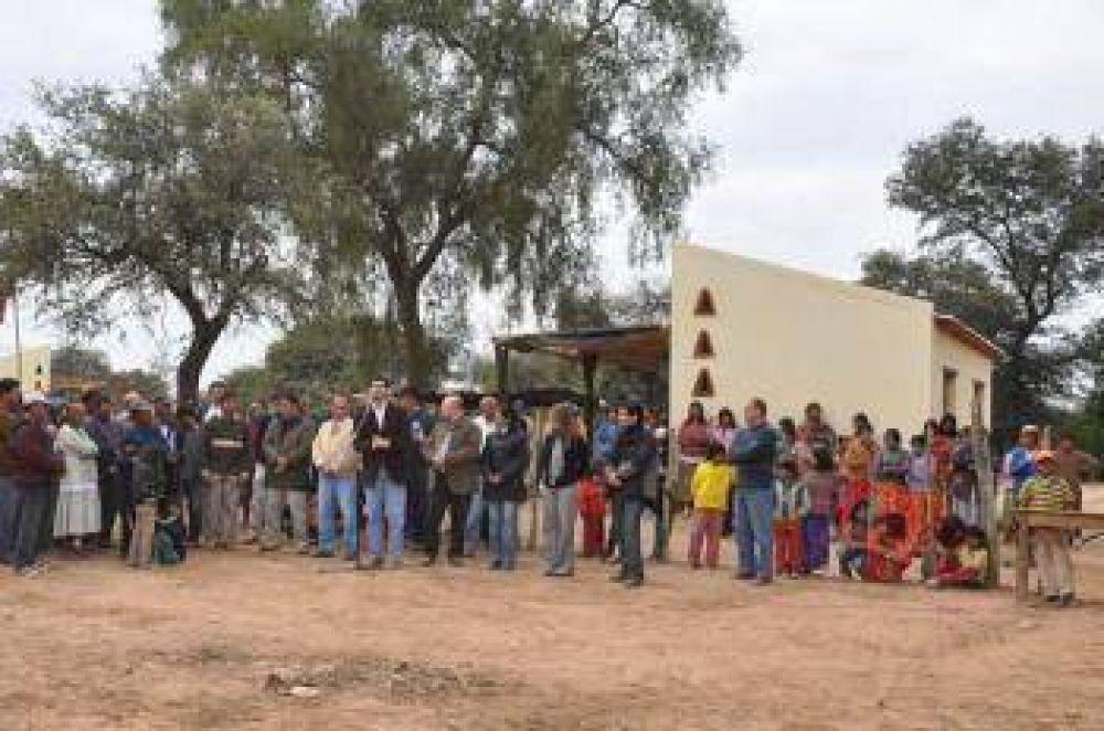 El Estado inauguró 60 módulos habitacionales para familias aborígenes de Misión San Patricio.
