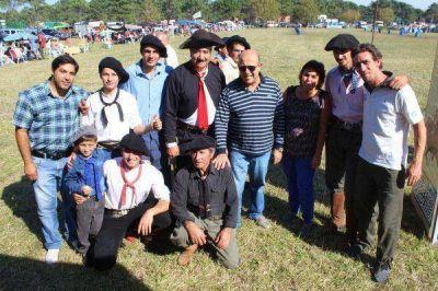 Tradición y familia, en una jornada campera ideal en La Caleta
