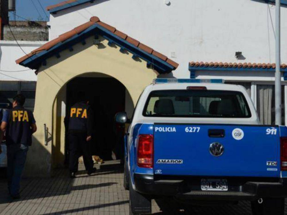 Indagan hoy a subcomisario preso por supuestas conexiones narco