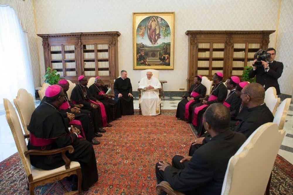 El Papa Francisco defiende el diálogo con el islam
