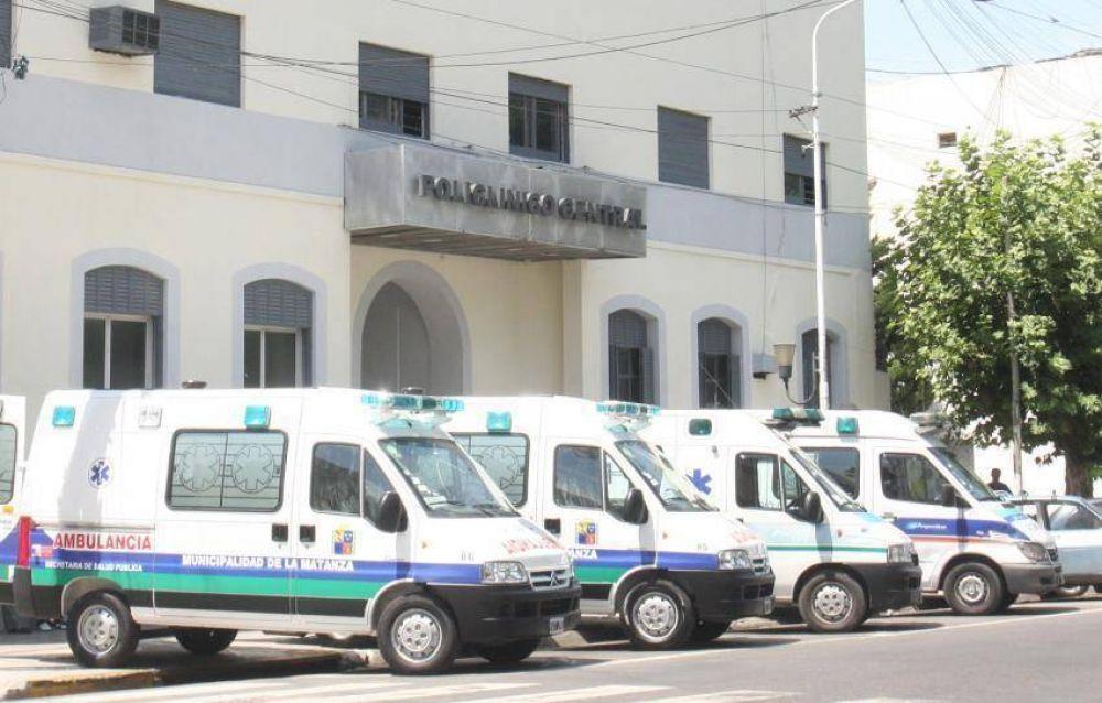 Mons. García alienta la tarea de médicos y enfermeros