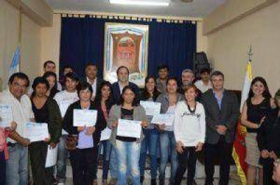 Entrega de diplomas en el Concejo Deliberante de Belén