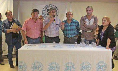 """SEP en estado de alerta: se moviliza por regularización de 8.000 """"precarizados"""""""