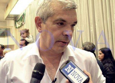 En La Plata, Domínguez elogió a Bruera: