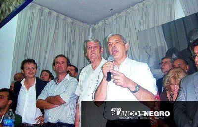 """""""Tenemos que convocar a quienes no abrazan al liberalismo"""", dijo Julián Domínguez en La Plata"""