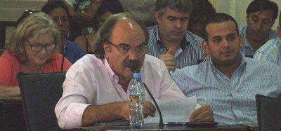 """Para Schiavone, el FR """"debilita"""" a la oposición"""