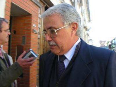 Ordenan detener al represor Carlos Pavón en la cárcel de Las Flores