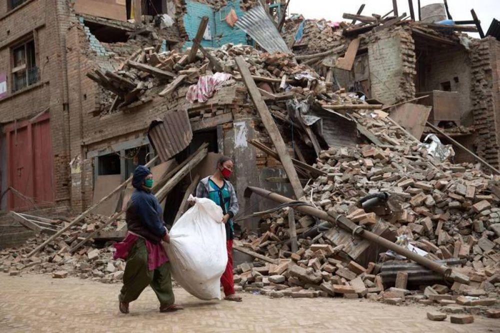 Terremoto en Nepal; el Papa comienza a mandar ayuda a las poblaciones afectadas