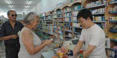 Supermercados chinos en el interior y comerciantes en alerta