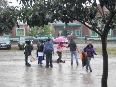 Las lluvias merman pero a�n contin�an presentes