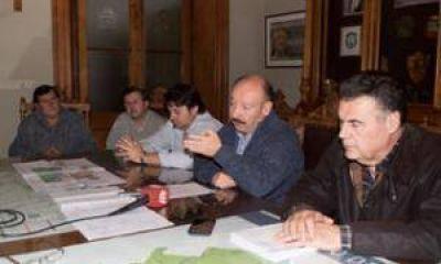 El Intendente anunció la construcción de cloacas para Villa Piazza Sur