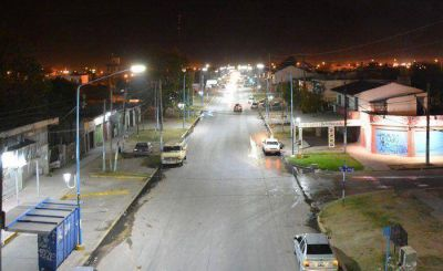 Se renueva el parque lumínico en Presidente Perón