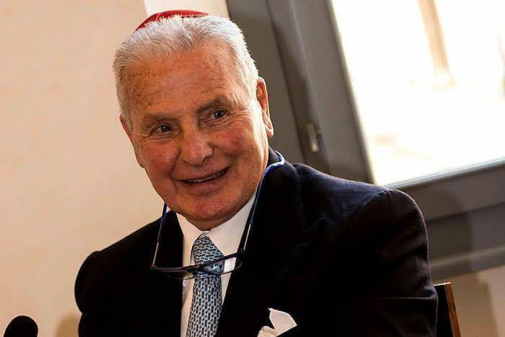 Un sacerdote jesuita salvó a niños judíos del Holocausto