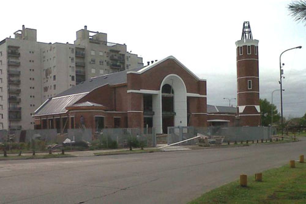 Inauguran y consagran un nuevo templo en Buenos Aires