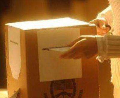 """""""El voto parroquial del domingo en Viedma regirá también para los comicios provinciales y nacionales"""""""