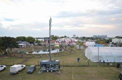 Con masiva asistencia inició la 40º edición de la Fiesta Nacional del Surubí