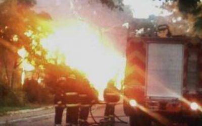 Punta Alta: Para Holzman, el incendio en la exestación ferroviaria
