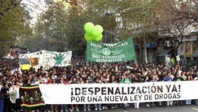 Argentina marcha por la legalizaci�n de la Marihuana
