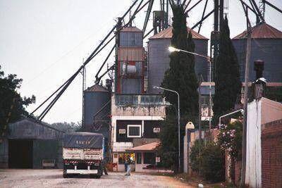 Gestión para reabrir la fábrica de aceites