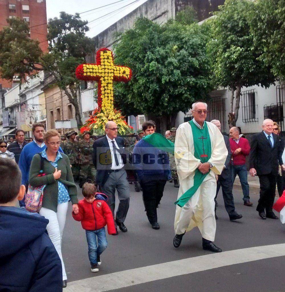 El pueblo de Corrientes celebró la Fiesta de la Cruz de los Milagros