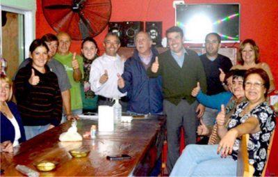 Ochoa se reunió con vecinos de los barrios La Noria Chica y El Tambor