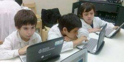 116 establecimientos educativos de la provincia reciben netbooks