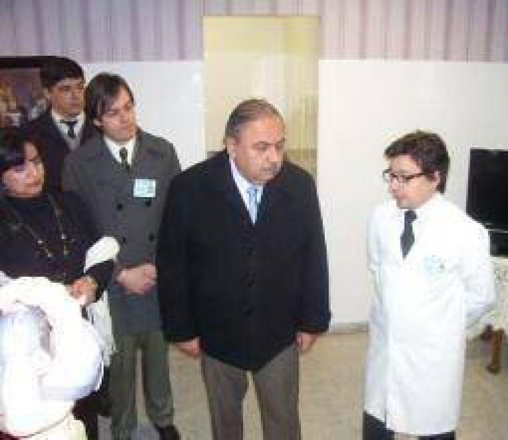 Crece el hospital de la UNLaR: inauguró servicio de oncología