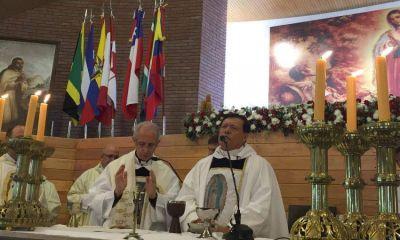 El primado de México inauguró el templo porteño de San Juan Diego