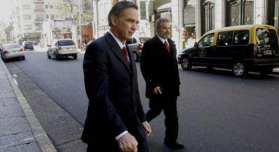 Golpeado por la derrota, Pichetto se recluye y en el peronismo le exigen que retome la campaña