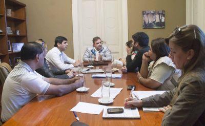 Reunión del Intendente Raúl Jalil con el SIDCa