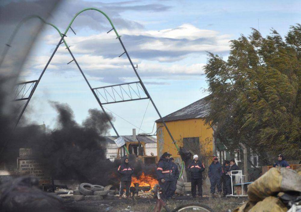 Otros cinco días de huelga por el conflicto municipal