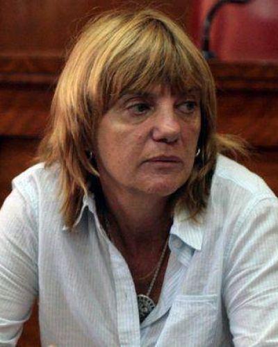 Adela Segarra echada luego de dar protección a Boudou