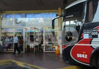 Forman comisiones para gestionar mejoras en el servicio de colectivos entre Santa Fe y Paraná