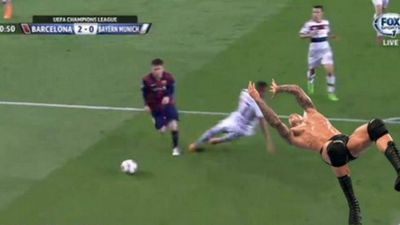 Boateng, v�ctima de cargadas tras el segundo gol de Messi