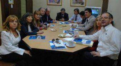 Unión por Chaco pidió a Capitanich usar el ábaco para contar casos de corrupción y de desnutrición