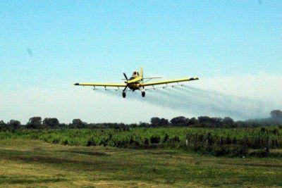 """Prohibición de agroquímicos causa """"perjuicios laborales"""" a ingenieros"""
