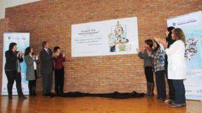 En homenaje a Roberto Fontanarrosa asignaron su nombre a la Escuela 7.721 de Trelew