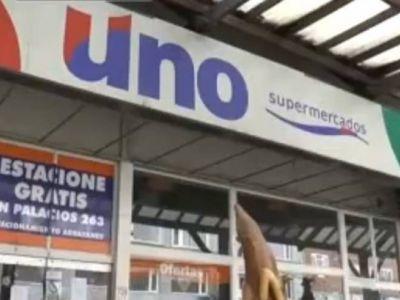 Incertidumbre en trabajadores del supermercado cerrado: