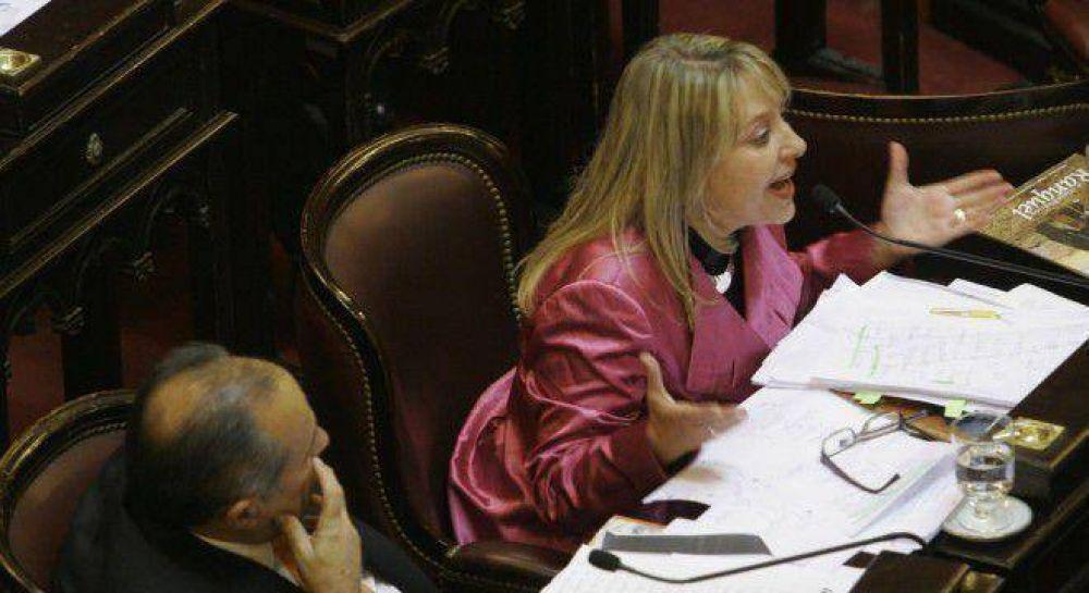 Cristina negocia con Rodríguez Saá para nombrar a Negre de Alonso en la Corte Suprema