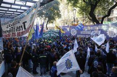Fracasó la paritaria de la UOM y Kicillof apura otros acuerdos