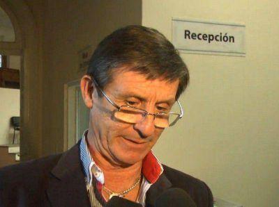 Instan al intendente a que dé explicaciones sobre la renuncia de Serra