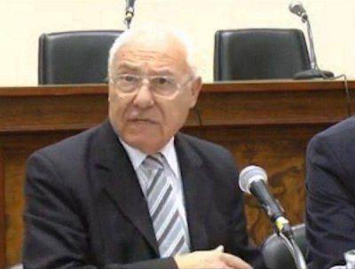 """""""Larraburu critica hoy a quienes avaló en su momento"""""""