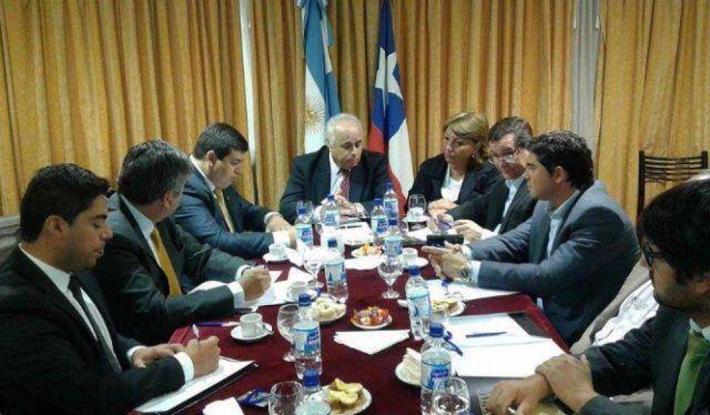 Intendentes de San Juan y Chile en reunión por la integración binacional