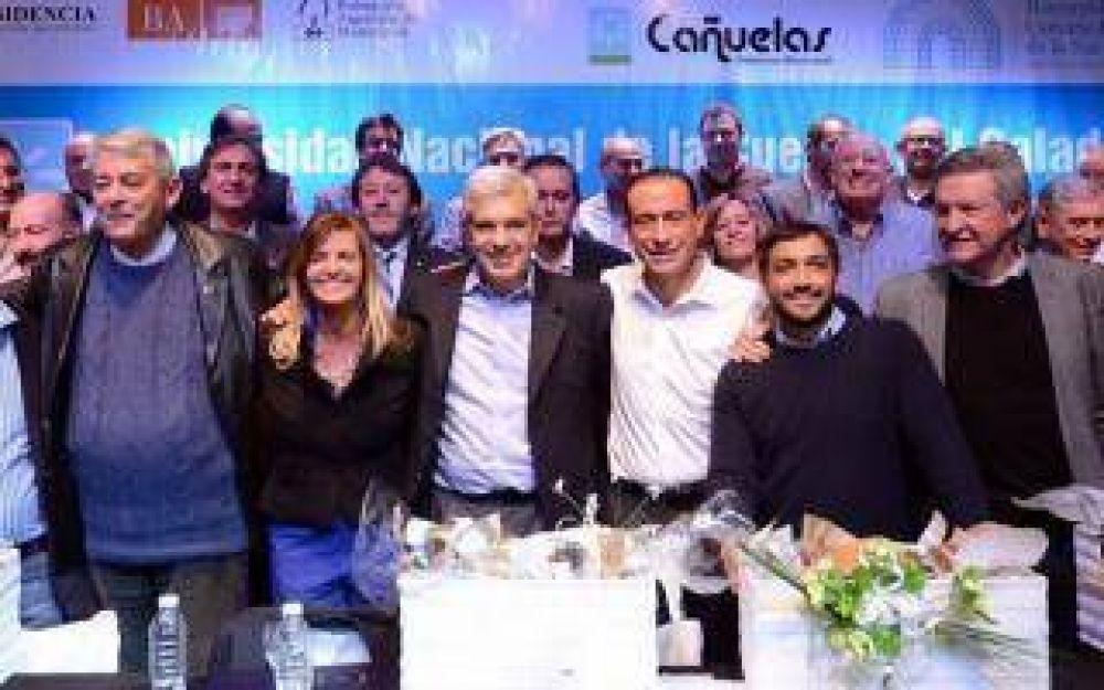 Julián Domínguez y Mussi juntaron a 20 intendentes en Cañuelas